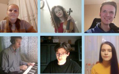 Młodzi muzycy śpiewają dla Matki Bożej