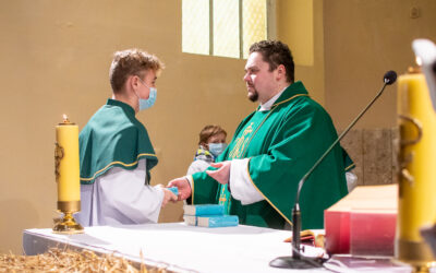 Młodzież diecezji Gnieźnieńskiej otrzymała Pisma Święte
