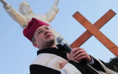 Bp Tadeusz  Lityński o Wielkiej Sobocie