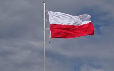 14 kwietnia – Wywieś flagę w Święto Chrztu Polski